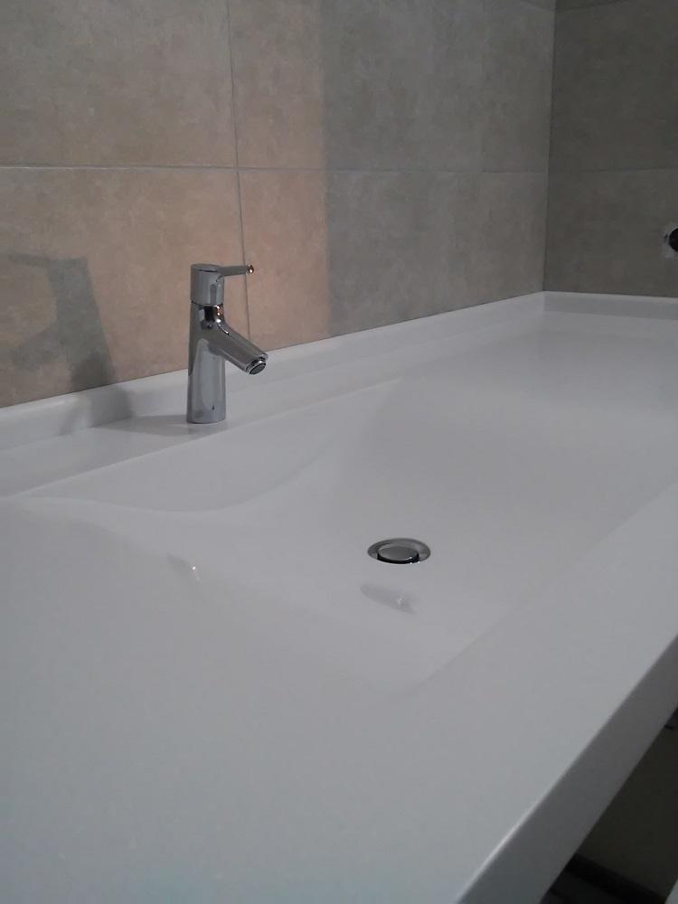 Столешница с мойкой в ванную 66
